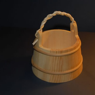 Water bucket (with a handle)